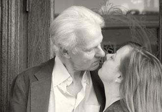 bob-and-carolyn-almost-kiss